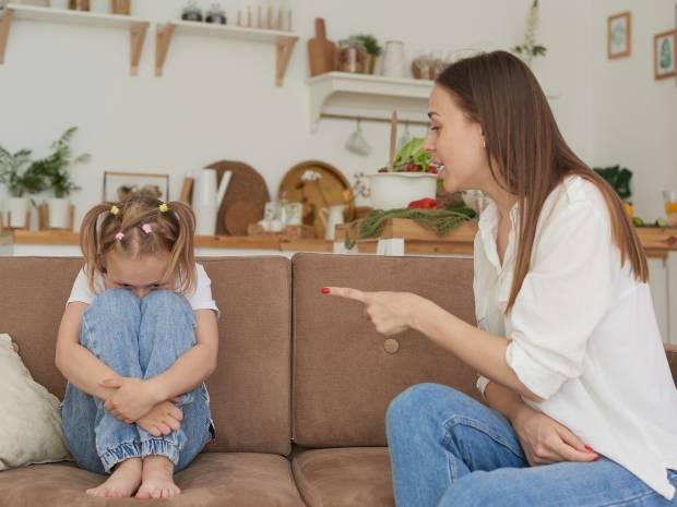 Πώς αναπτύσσονται πιθανά προβλήματα στον ψυχικό κόσμο των παιδιών