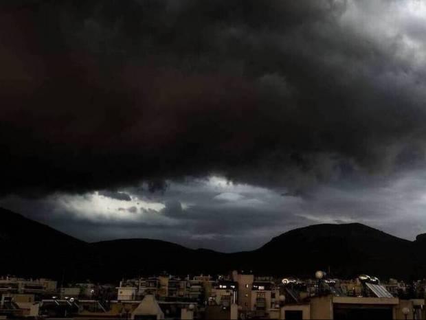 Καιρός: Προσοχή! Ποιες περιοχές θα πλήξουν τις επόμενες ώρες οι βροχές και οι καταιγίδες